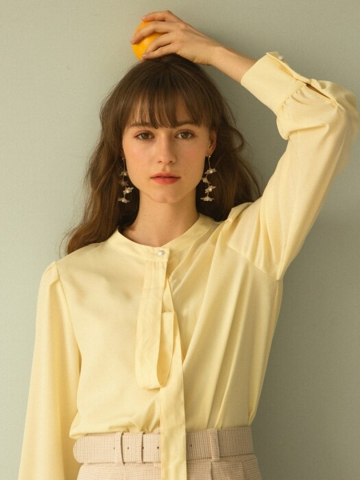 monts923 neck tie detail blouse (yellow)