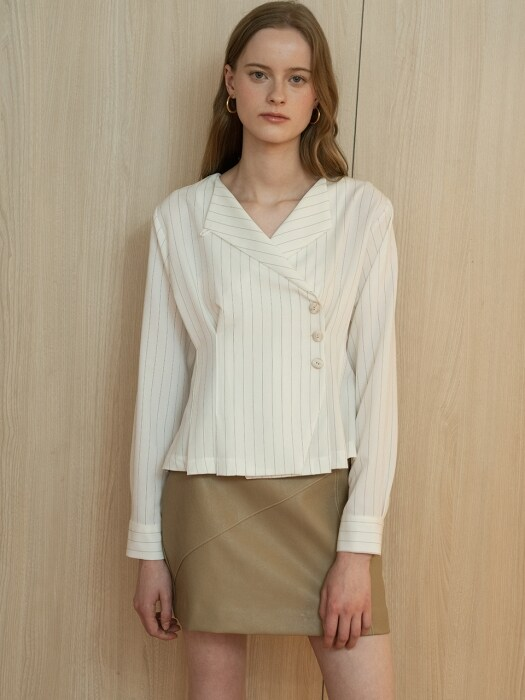comos'237 button wrap blouse (ivory)