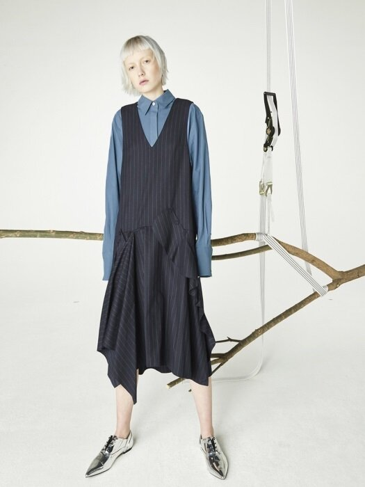 Ruffle slip dress_Navy stripe
