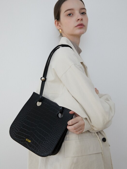 Crocodile organ hole bag_Black