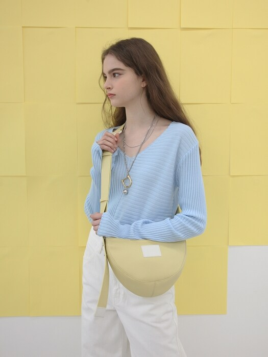 Half Moon Leather Bag _ Cream Lemon