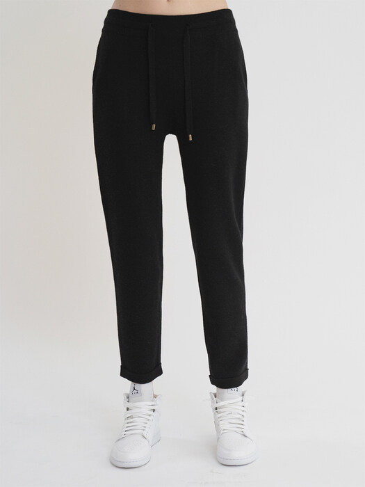 KKLL COLLECTION / PREMIUM BASIC KNIT JOGGER PANTS_BLACK