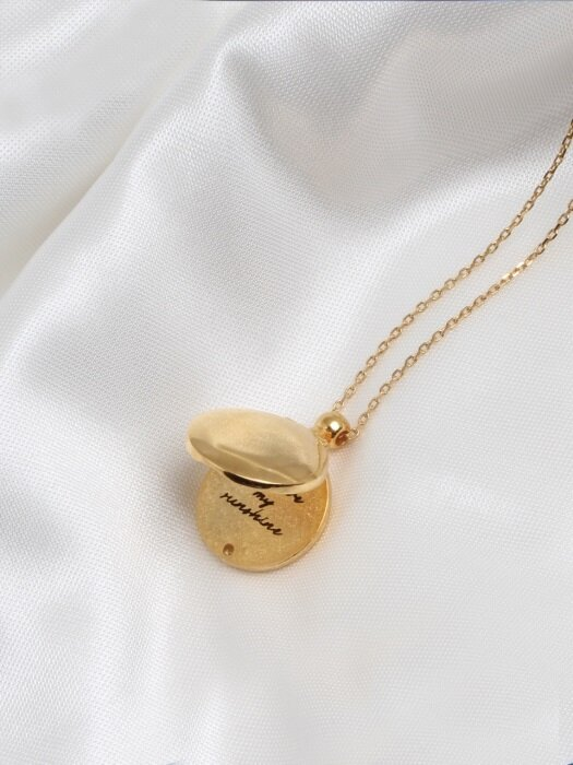 [SILVER] LOCKET NECKLACE (GOLD)