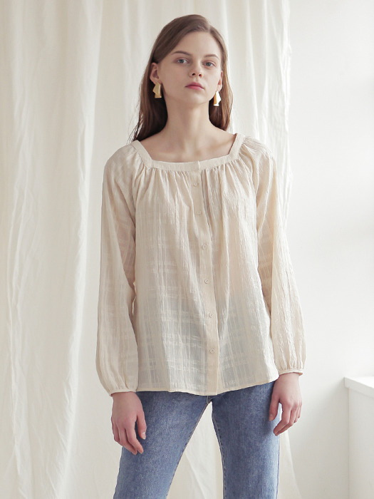 SQUARE NECK SHIRRING BLOUSE_CREAM LACE