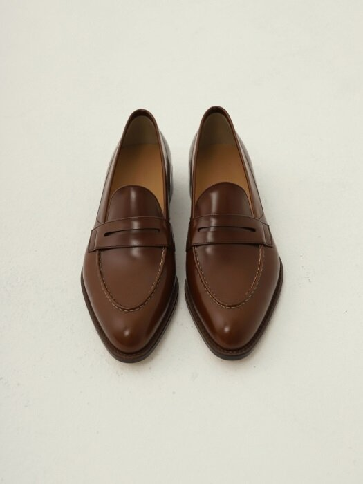 PENNY LOAFER PATENT(브라운)