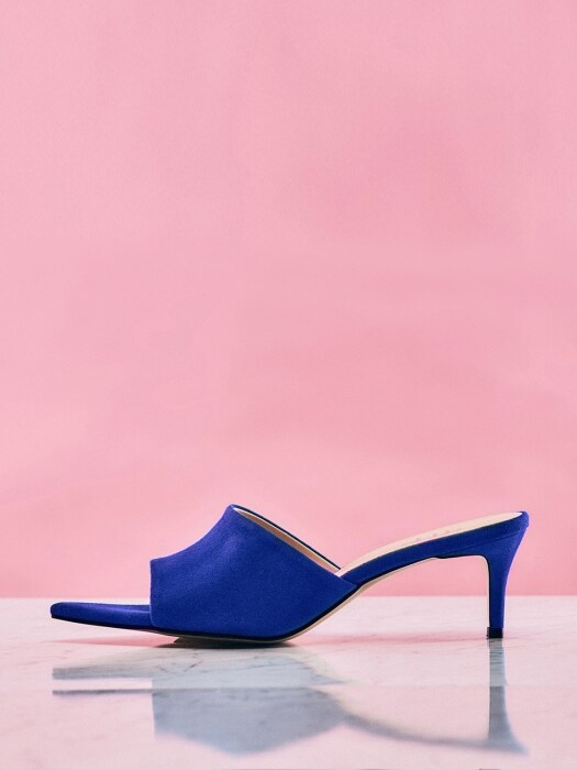 Open-Toe Sandals (FeelBlue Suede)