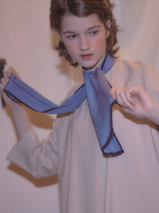 via Vivid color silk scarf_vintage sky blue