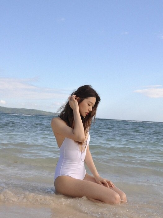 BASIC FRONT RIBBON ONE-PIECE (WHITH)