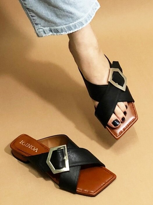 SQUARE BUCKLE X MULE M-IG-180606 BLACKCAMEL