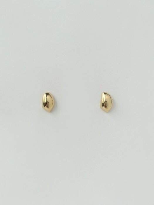 melting pebble earring