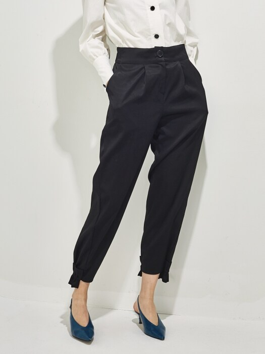 COLLINA RUFFLED HEMLINE PANTS_black