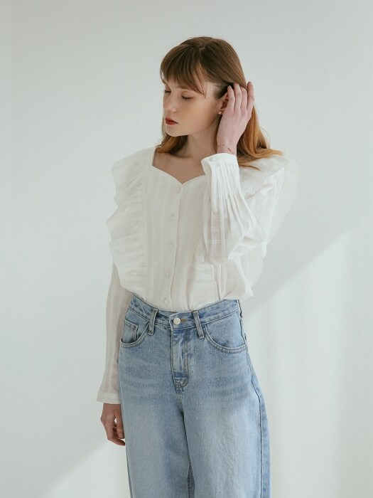 HEART SQUARE NECK RUFFLE BLOUSE WHITE