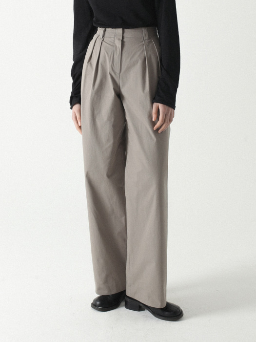 Two Tuck Easy Pants Khaki
