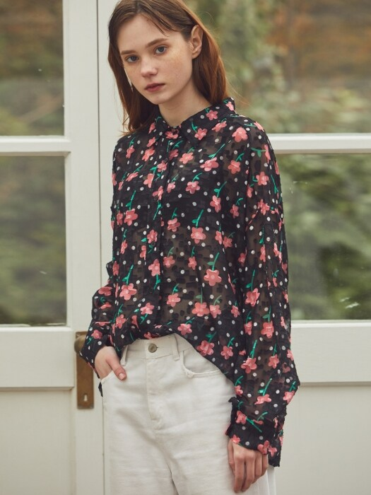 BLACK SEETHROUGH JACQUARD FLOWER BLOUSE