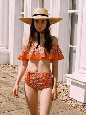 Flower Print Flare Bikini in Orange_VW9MX0950