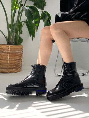 Square Line Acrylic Heel Walker Boots