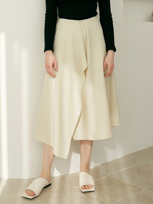 monts 1245 unbalance flared skirt (cream)