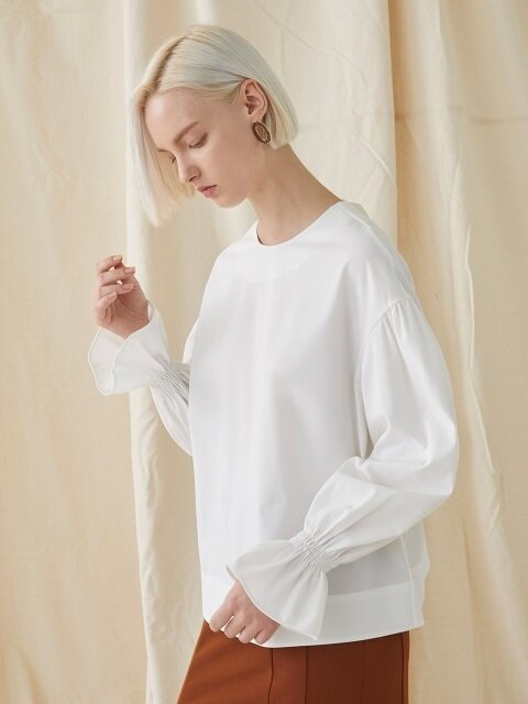Back Ribbon Blouse - ivory