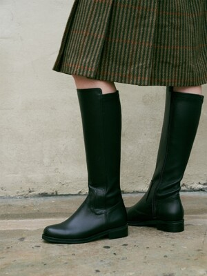 broad long boots