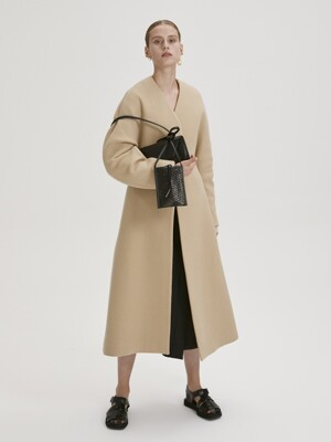 STRUCTURED WOOL LONG COAT (YELLOW BEIGE)