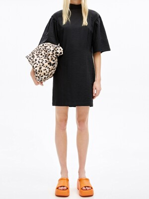 Black fitted dress_B215AWO010BK