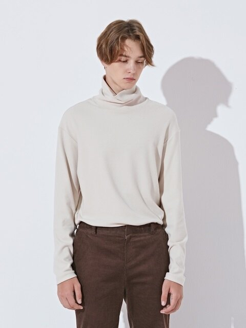 BOXY TURTLENECK TSHIRTS_OFF WHITE