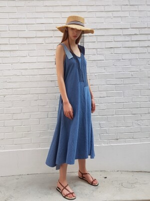 Multy styling denim dress