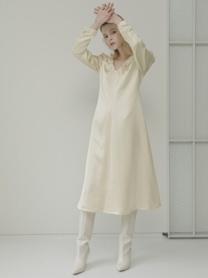 19FALL SHIRRING DRESS /YELLOW BEIGE