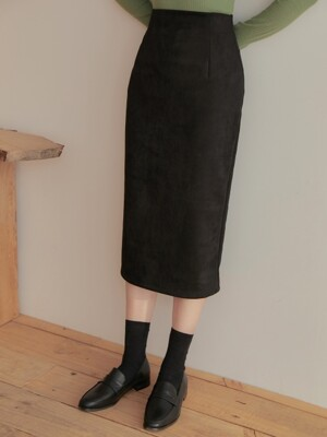 SUEDE BACK SLIT SKIRT BLACK