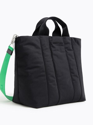 L black padded nylon shopper bag_B215AIB012BK