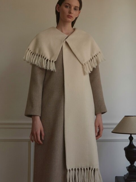 FRINGED CAPE COLLAR COAT
