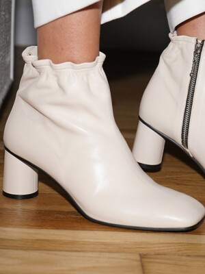 Melody Ankle Shirring Boots / YY9A-B11 Cream