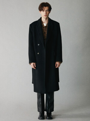 For men, Minimal Double Breasted Coat / Black