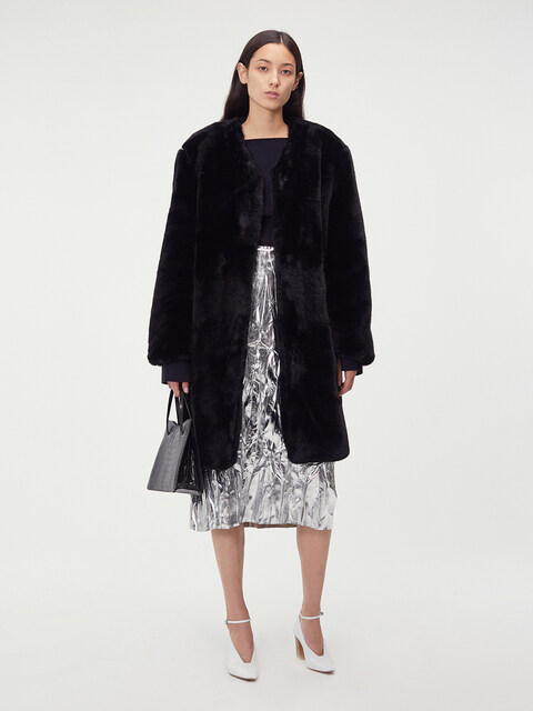 DETACHABLE COLLAR FAUX-FUR COAT (BLACK)