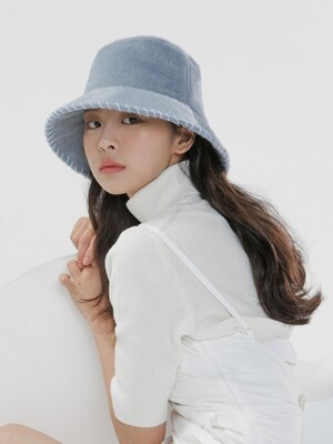 (HANDMADE EMBROIDERY) SOFT BLUE BUCKET HAT