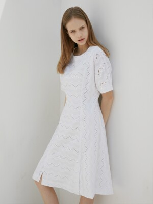 DOLMAN SLEEVED OP_WHITE(LACE)
