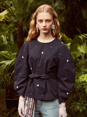 Puff Blouse with Floral Embroidery (Navy)