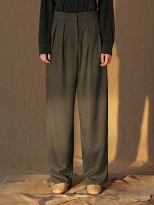 SI PT 7016 Two tuck Longwide SL_Deep khaki