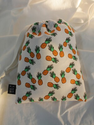 pineapple string pouch s