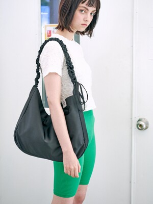 Shirring shoulder hobo bag_black