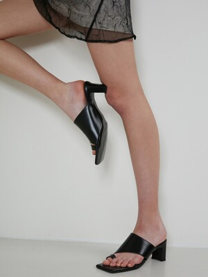 OBLIQUE LINE MULE - BLACK