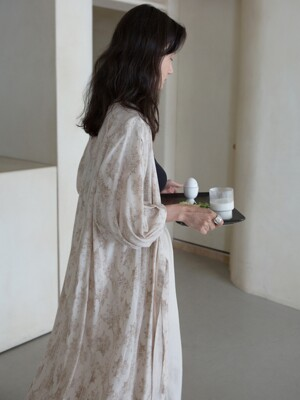 [단독]  PATERN ROBE DRESS - BEIGE