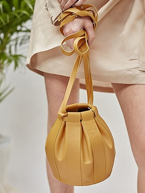 18SS LEATHER DRAWSTRING SMALL BAG (4colors)