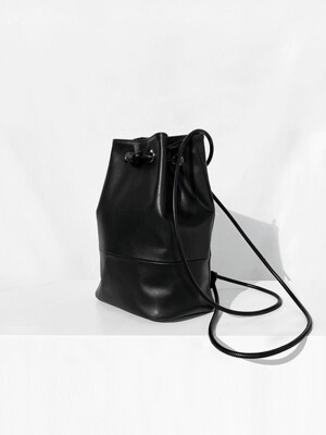 BLACK winsome BACKPACK