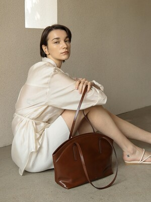 CLAM BAG_BROWN