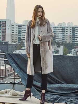 REVER REAL LONG MUSTANG COAT BEIGE