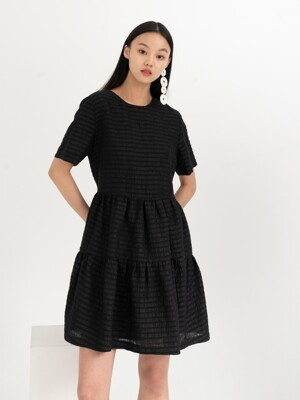BACK RIBBON EASY DRESS . BLACK