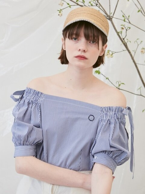 Stripe off-shoulder top (blue)