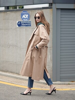 DOUBLE FLARE TRENCH COAT BEIGE