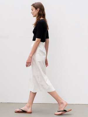 [ESSENTIAL]H-LINE MIDI SKIRT WHITE